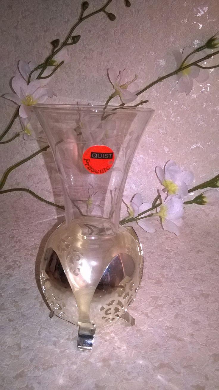 Quist Vase