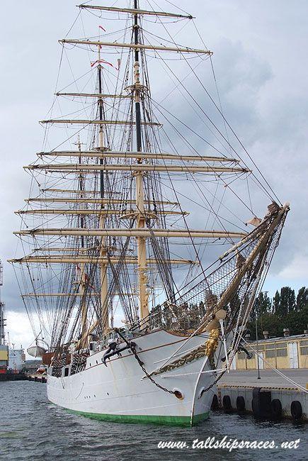 Fregata trójmasztowa Danmark