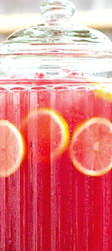 Pink Lemonade Sparkling Fruit Punch - A perfectly refreshing non-alcoholic beverage that's sweet and sparkly with just the right amount of tart to give it that little kick. ❊