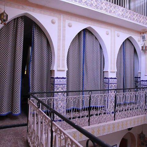 Maison traditionnelle de la médina de Nedroma Algérie (cité des Almohades ) منزل تقليدي بمدينة ندرومة بالجزائر ( ندرومة مدينة الموحدين ) A traditional house in Nedroma Algeria. (Nedroma Almohad city ) #algérie#nedroma#tlemcen#patrimoine_algérien_traditions_et_coutumes#algeria#tunisia#lybia#mauritania#sudan#egypt#saudiarabia #uae#kuwait#bahrain#qatar#oman#yemen#syria#lebanon#iraq#jordan#palestine #france#paris#canada#usa#uk#turkey #algerian_patrimony_traditions_and_customs #tourism_in_alge...