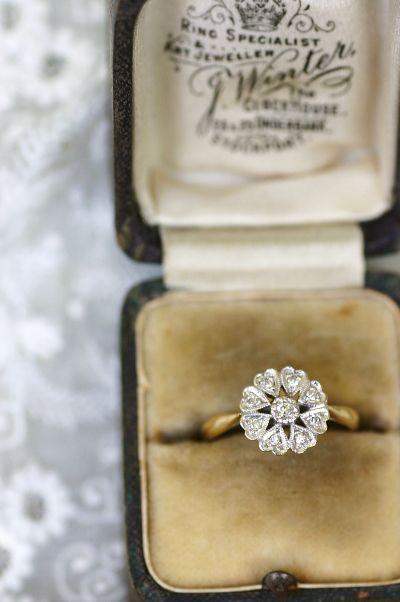 アンティークジュエリー ダイヤモンドリング イギリス オールドヨーロピアンカット デイジー
