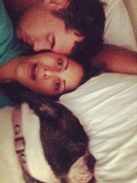 Andi Dorfman and Josh Murray Get Cuddly Andi Dorfman and Josh Murray get cuddly with Sabel. Aww!