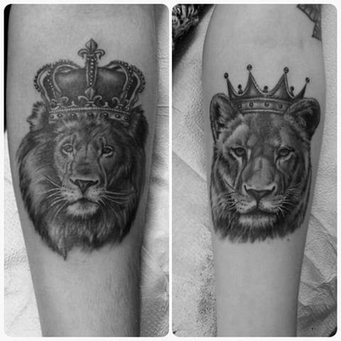 Fun his and hers tattoos from today #blackandgreytattoos #lion #liontattoo #crown #crowntattoo #king #queen #couplestattoo #hisandhers #torontotattoo #torontotattooshop #aceandswordtattoos