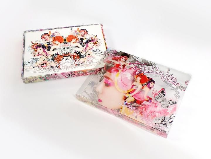 #Kpop #Taetiseo, #SNSD subgroup  Transparent outer case that merges it's images with the image of the inside CD case.
