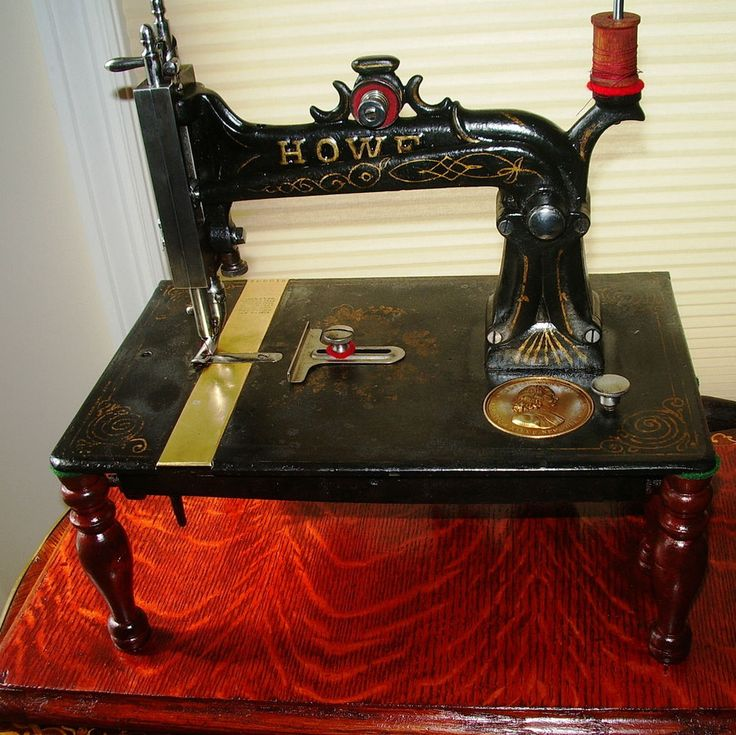 Elias Howe Stockwell Brothers Model #1 Antique sewing machine,wood stand,1880 #HoweMachineCompanyBridgeportCT