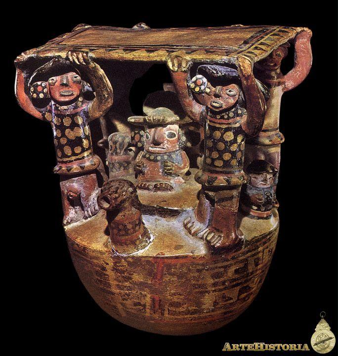 Cántaro: cacique agasajado por mujeres y cuatro hombres. Cultura Recuay (Perú)