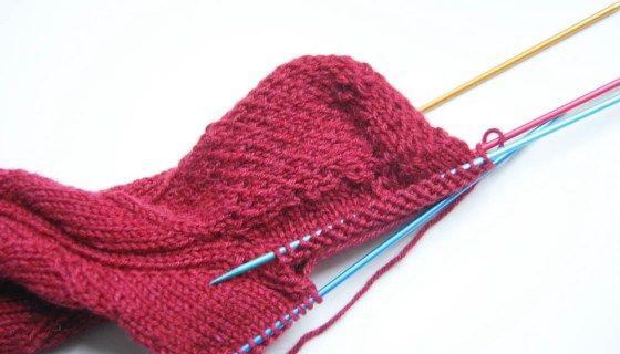Anleitung: Socken stricken mit verstärkter Ferse