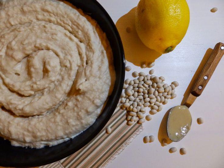 Veggie Fish: Jemný fazolový hummus s pečeným citronem