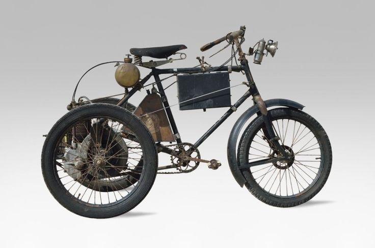 COLLECTION DE MONSIEUR P (301-302-303-304-325) c1902 CLEMENT Tricycle à moteur DE DION BOUTON n° 12497 A immatriculer en collection Eligible au Londres-Brighton (London-to-Brighton Veteran Car Run)Citation… - Osenat - 14/06/2015