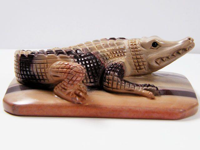 CROCODILE CARVED FROM ZEBRA ROCK 1378.60CTS  AAT269 zebra rock , australian mineral , crocodile carving