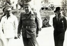 Gabriel García Márquez, Fidel Castro y Fernando Birri en la inauguración Escuela Internacional de Cine y Televisión.