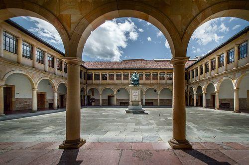 Universidad de Oviedo. Big plaza at the University of Oviedo in Spain.