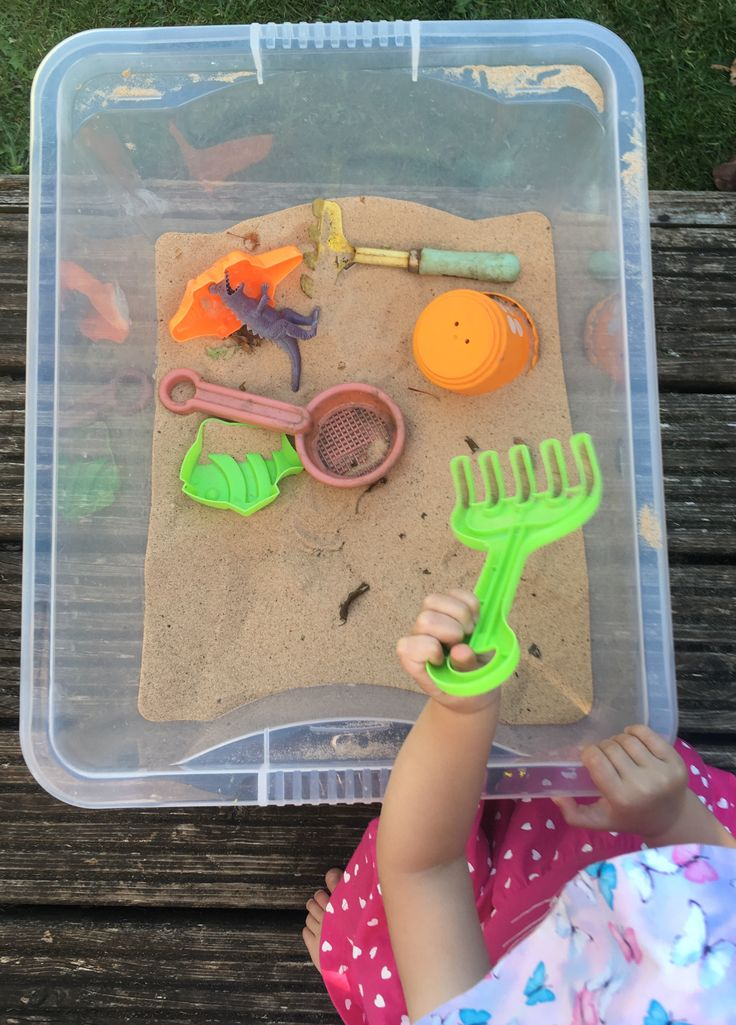 Portable sandpit for children - perfect simple outdoor play idea for small gardens to keep toddlers entertained outside for hours!