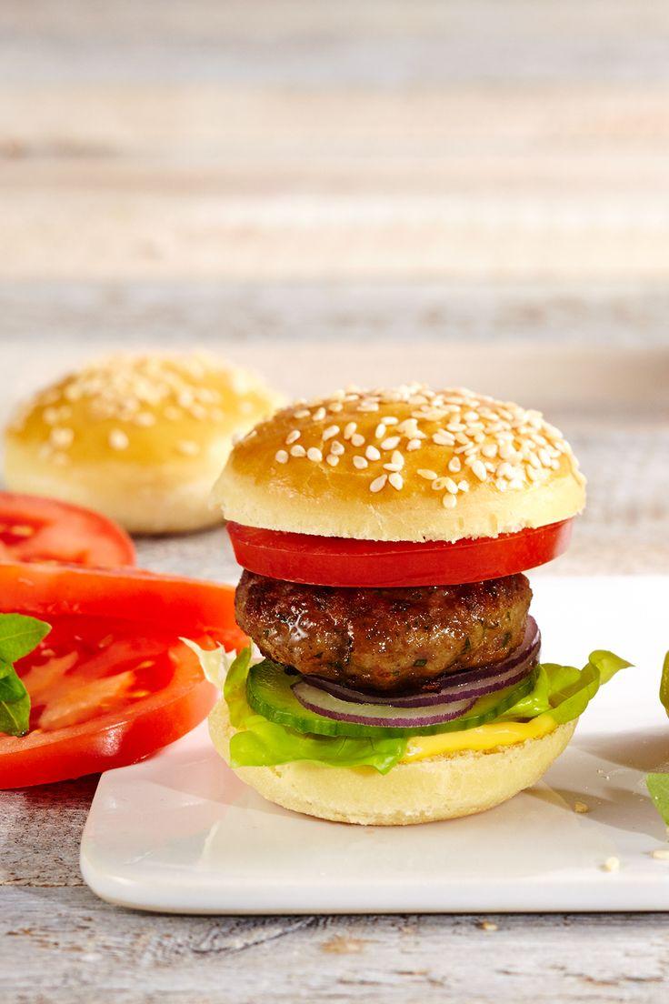 best 25 mini burgers ideas on pinterest mini hamburgers mini party foods and hamburger sliders. Black Bedroom Furniture Sets. Home Design Ideas