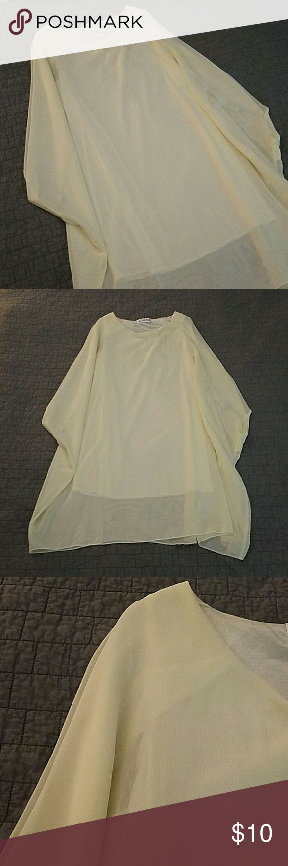 Cream flowy dress Cream flowy dress, loose fitting, great for a night out with the girls Dresses Midi