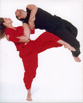 "Kitchener-born Allen and Toronto-born Karen share a love of contact improv (weight-bearing lifts using all parts of the body), through which they developed the acclaimed Kaeja partnering techniques rooted in ""anchor throws."