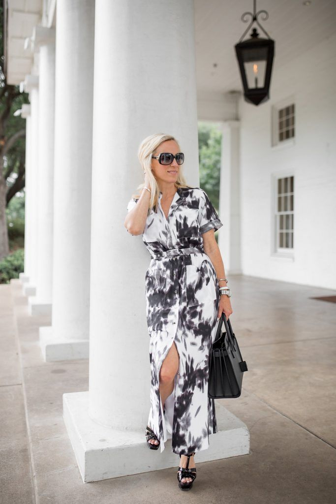 Black and white military maxi - such a fun summer dress that you can dress up or down with your accessories! Click through to shop this look and for more tips on how to style a maxi dress!   military inspired outfit   military inspired fashion   maxi dress outfit   belted maxi dress   summer outfit idea   how to wear a maxi dress