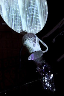 Structure with projection mapping