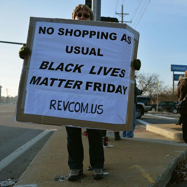 20 Powerful Protest Photos From Black Friday That Everyone Needs to See