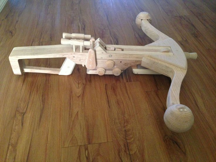 Woodworking Projects Plans: Chewbacca's Bowcaster Inspired Rubber Band Gun