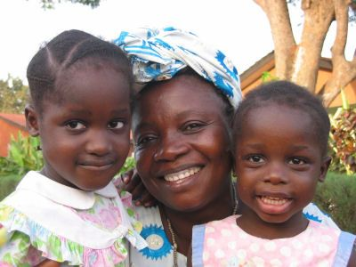 Great page for information and resources about orphans and life in general in Guinea-Bissau.