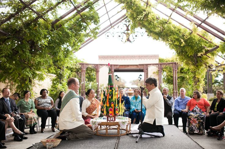 How beautiful is this traditional Lao Wedding Ceremony at Hotel Albuquerque at Old Town?