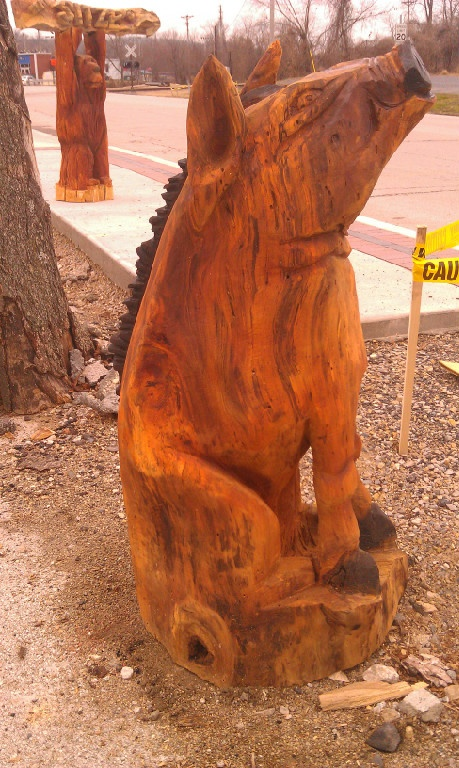 Chainsaw carved animals wooden sculptures pinterest