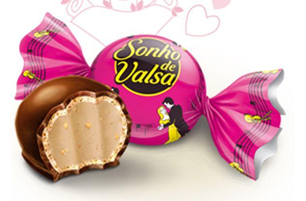 Mais 1 chocolate na carteira da W+K Sao Paulo - agora os bombons Sonho de Valsa - Blue Bus