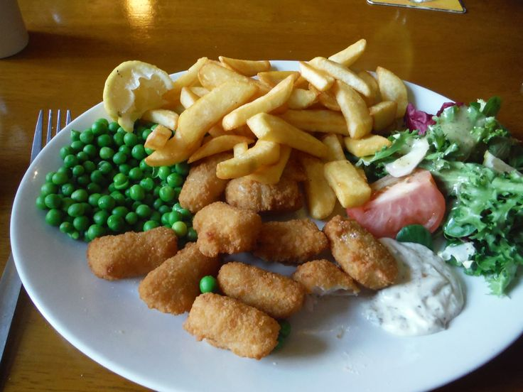 A favourite of mine - scampi and chips! Delicious.