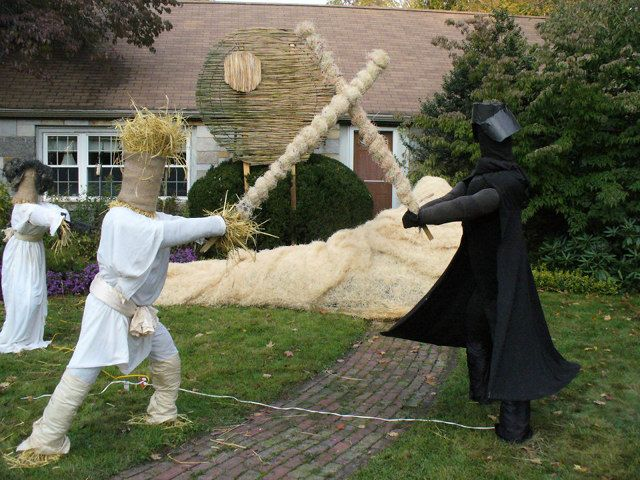 star wars made entirely out of scarecrows wins best halloween lawn on this earth - Best Halloween Yard Decorations