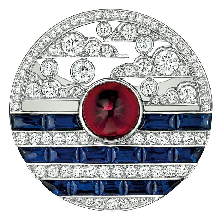 """Chanel - """"Biennale 2014"""" creation from """"Café Society"""" collection - """"Winter in France"""" ring in 18-karat white gold set with a 5-carat emerald cut - diamond, 20 calibrated sapphires for a total weight of 2.5 carats and 126 brilliant-cut diamonds for a total weight of 2.4 carats"""
