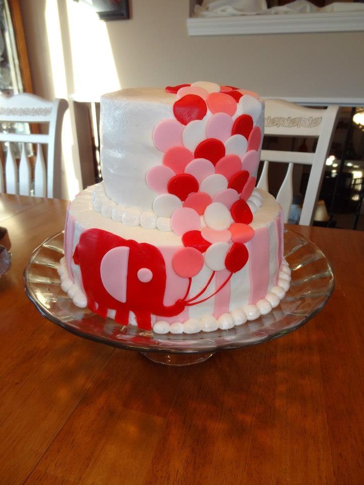 Darling elephant birthday cake by Hannah White.