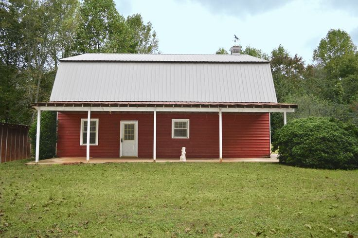 6 Converted Barn Homes for Sale Across America  - CountryLiving.com