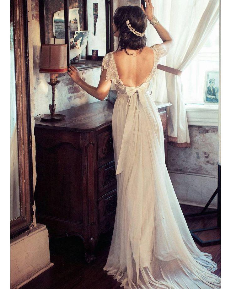 #bride #bridal #gelinlik #gelinelçiçeği #gelinolmak #vintage #kisiyeozel # bohem #bridal #gelin http://gelinshop.com/ipost/1523248509695149073/?code=BUjqnL1BcQR