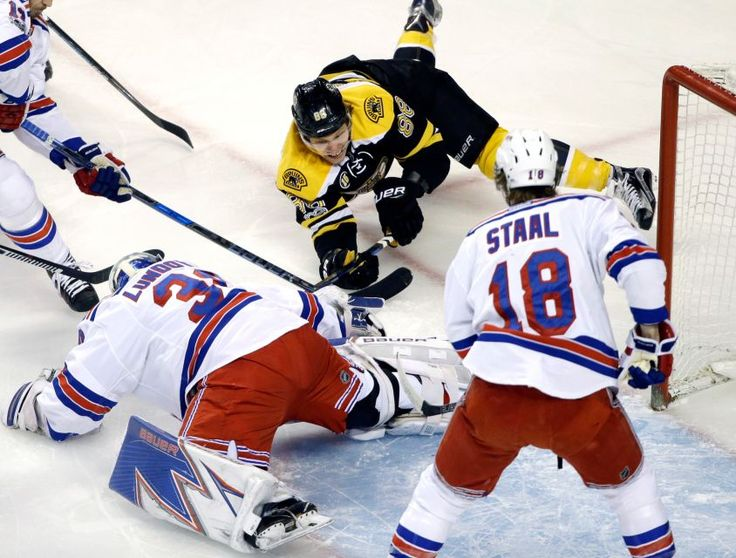 Ran vs. Bruins:   March 2, 2017  -    The Rangers beat the Boston Bruins, 2-1, on Thursday night at TD Garden in Boston.    By NEWSDAY.COM  -    Boston Bruins right wing David Pastrnak (88) dives while trying to score against New York Rangers goalie Henrik Lundqvist (30) as defenseman Marc Staal (18) closes in during the first period of an NHL hockey game, Thursday, March 2, 2017, in Boston.