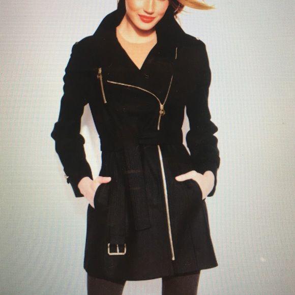 Micheal Kors Jacket VERY WARM JACKET original! Michael Kors Jackets & Coats