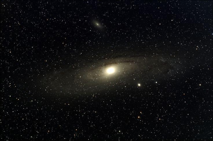 M31 Andromeda Galaxy TMB80SS triplet, imaged using QHY8L Mount: CGEM Guide camera:QHY5L-II