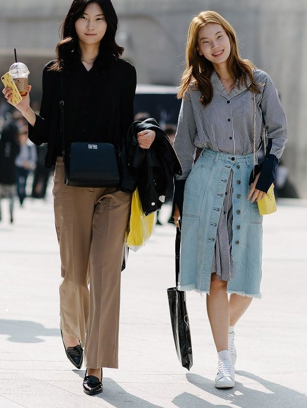The best street style from Seoul Fashion Week.