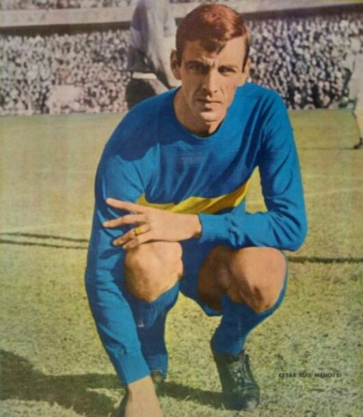Menotti jugador: con la camiseta de Boca Juniors.