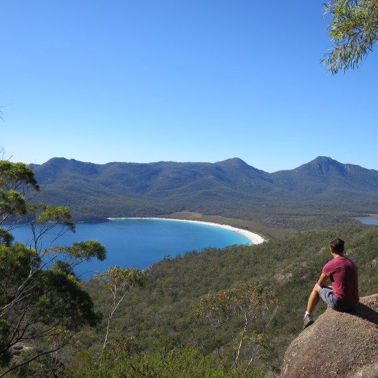 Looking over Wineglass Bay in Freycinet | Snapshot Inspiration: My favourite bits of Tassie | On the Road to Travel