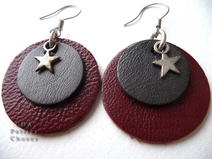 Boucles d'oreilles rond de cuir rouge et gris métallisé, etoile