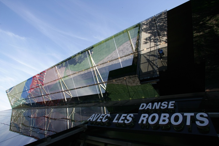 Pavillon des Robots : l'attraction-spectacle remixée par Martin Solveig.