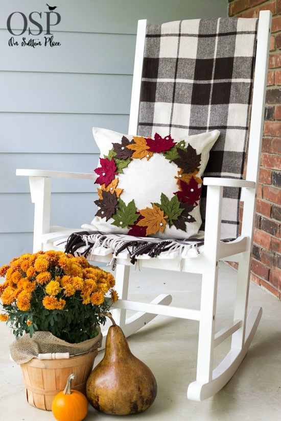 Make this DIY Pottery Barn Inspired Fall Wreath Pillow for a fraction of the PB price. No sewing! | onsuttonplace.com
