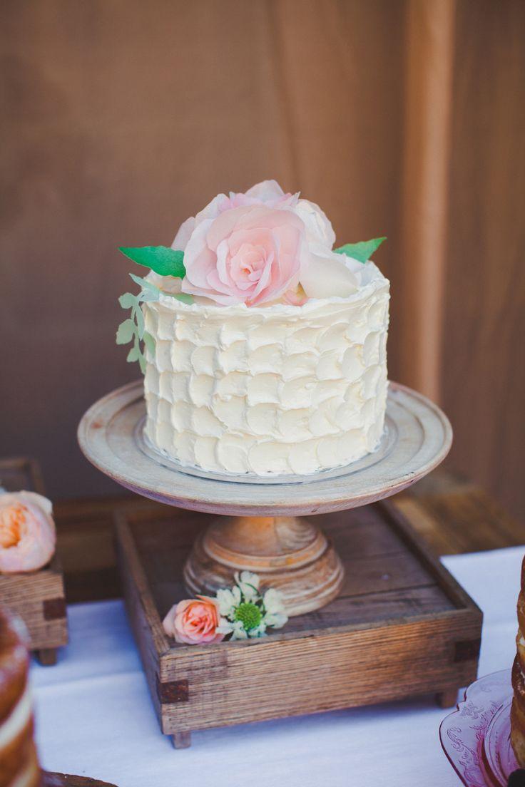 Love this nautical cake stand marthastewartweddings lmd sweet