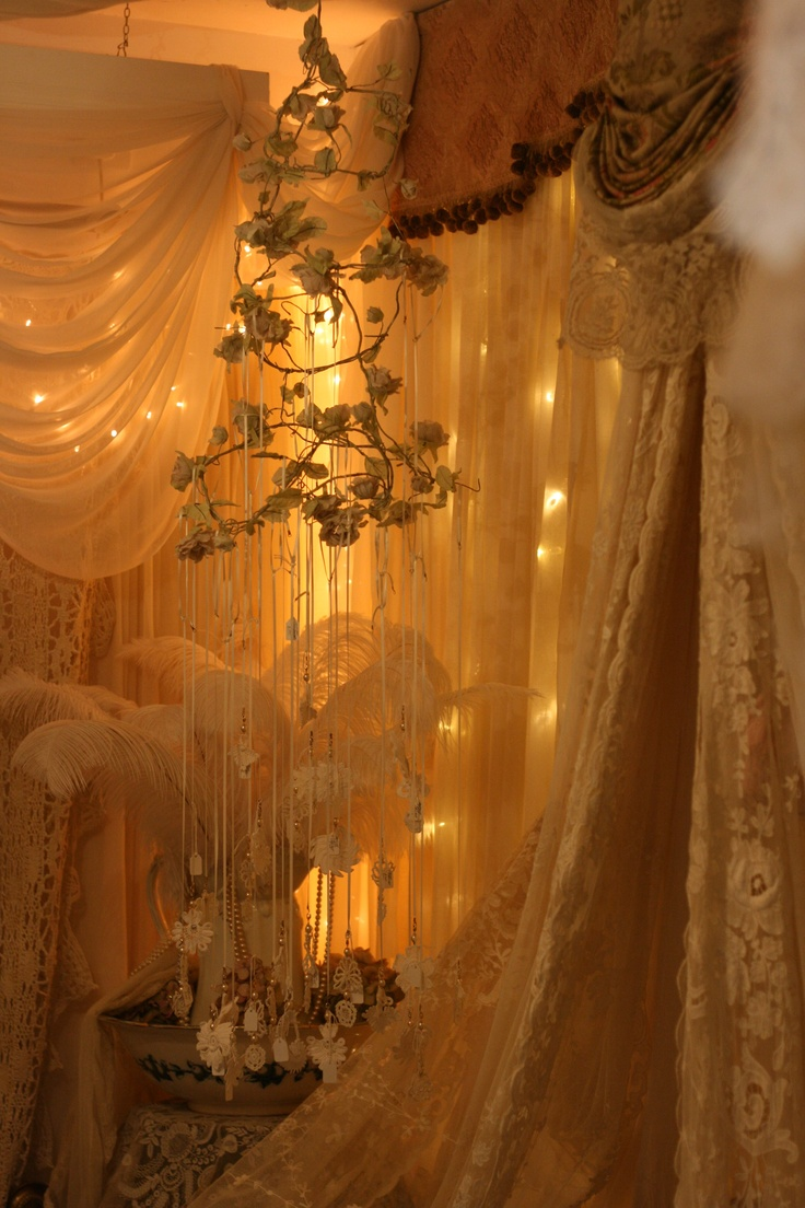 The Boudoir: Sheelin Antique Lace Shop (Northern Ireland)...want to go here!