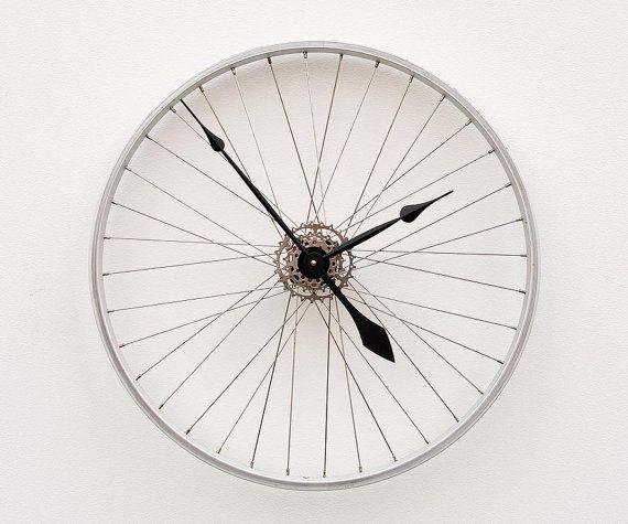 Die besten 17 bilder zu deko auf pinterest palettenholz - Fahrradfelge basteln ...