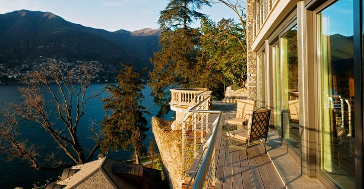 At CastaDiva Resort & Spa service becomes hospitality in the most generous of traditions. To book your stay with us, visit www.castadivaresort.com  #breathtakingview #lakecomo #castadivaexperience #exploreitaly #terrace #beautifuldestinations #beautifulhotels #bestvacations #italianvacations #autumn