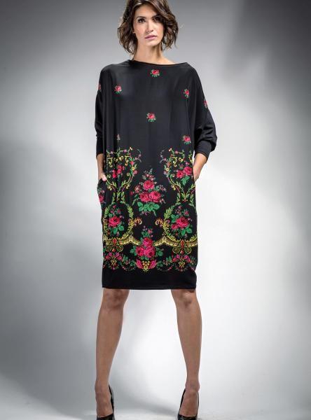 #Sukienka #folk, #czarna,typu #oversize z #wzorem #kwiatowymw stylu góralskim. #kolekcja #mapepina #madeinPoland #folkfashion #polishfolk #etno #ludowe #góralska #fashionstyle #polishfashion #dresses #black #rose