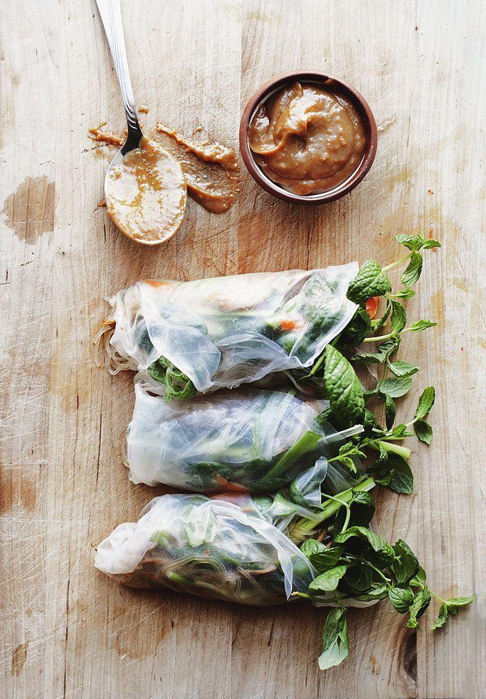 Vietnamese Spring Rolls with Peanut Sauce