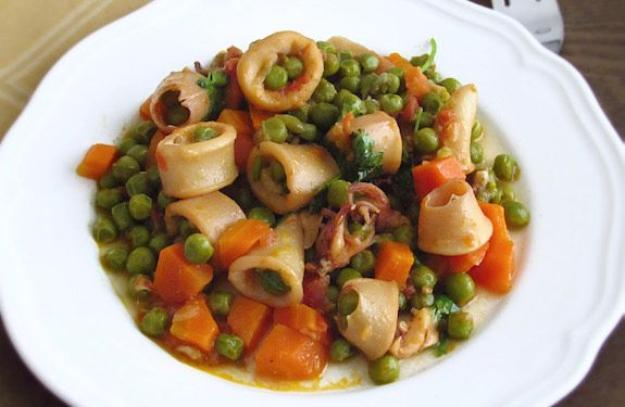 Cuttlefish with peas and carrots